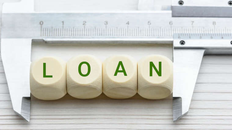 3 Reasons to Choose a Monthly Loan in Singapore